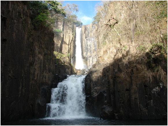 Cachoeira Dois Saltos