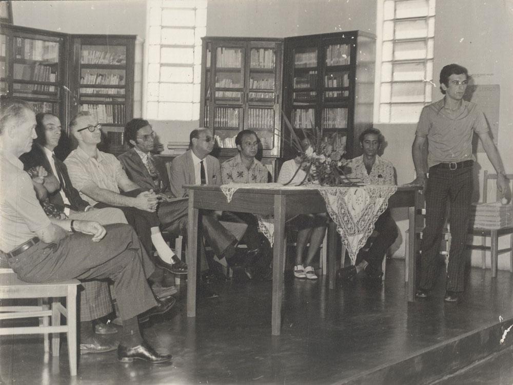 reuniaoacademialetrasbiblioteca