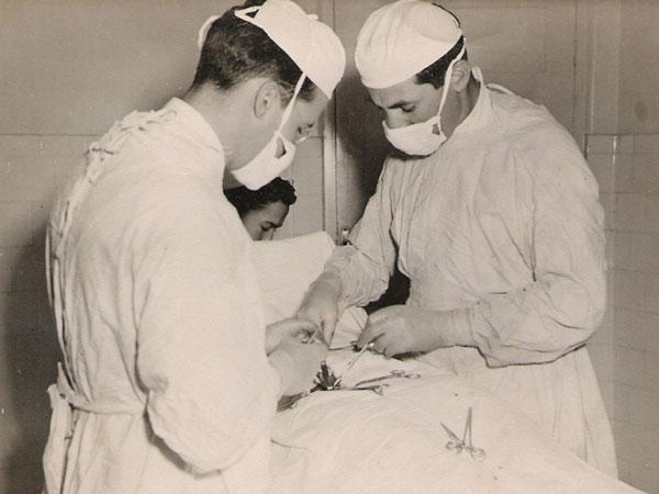 Cirurgia-antigamente-mineiros