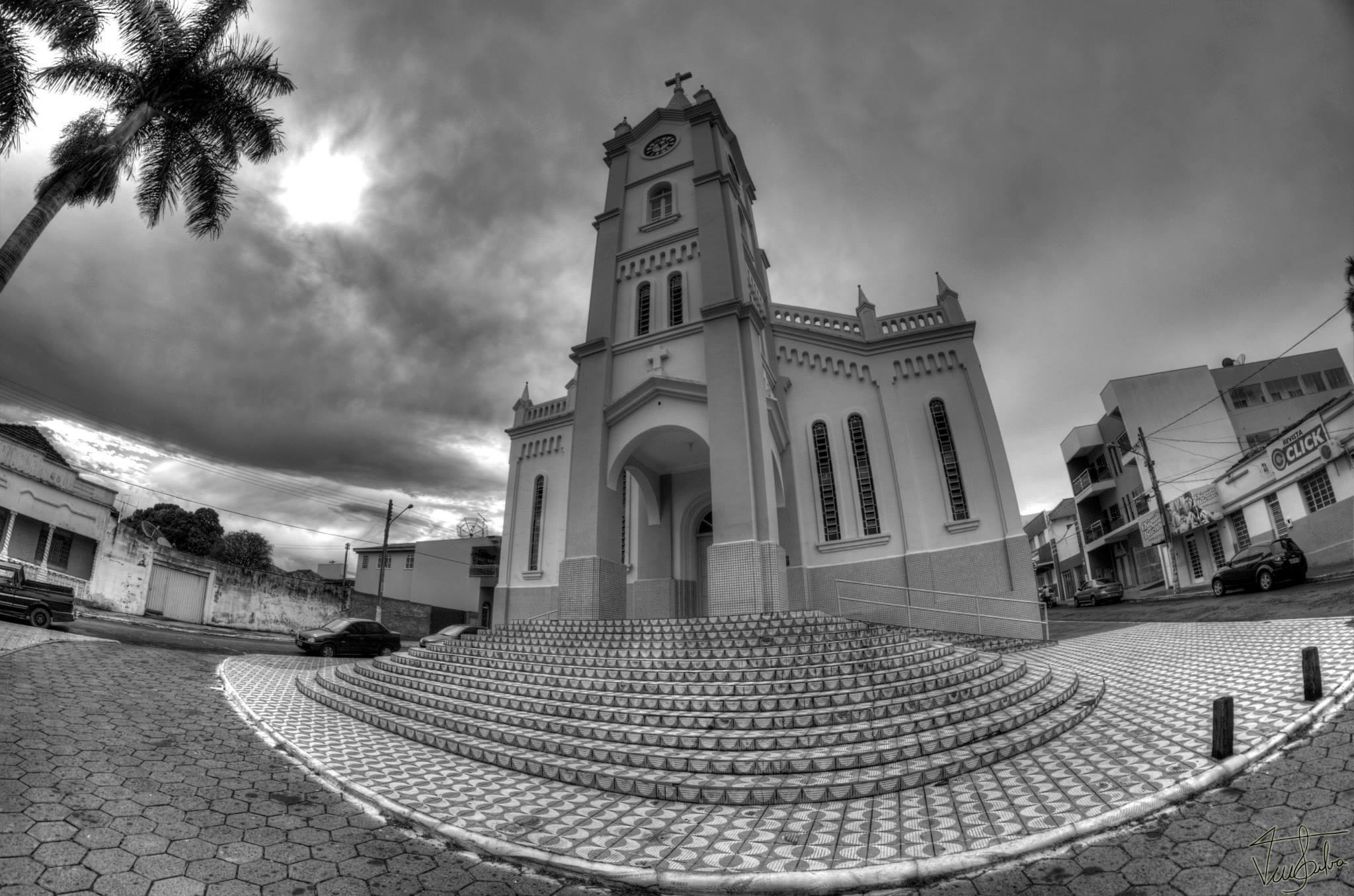 igrejamatrizmineirosperspectiv