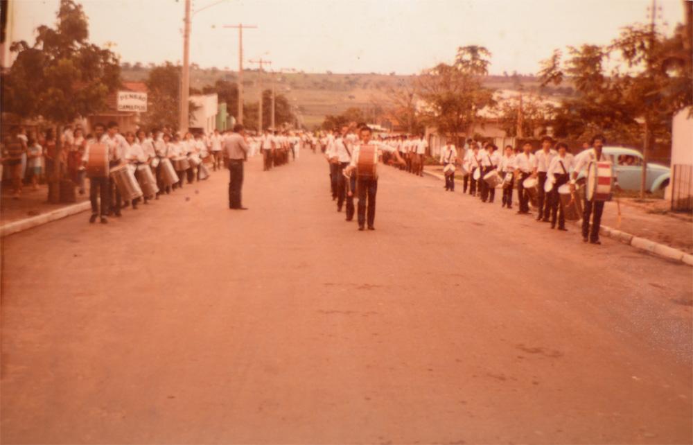 desfile-mineiros-antigo1